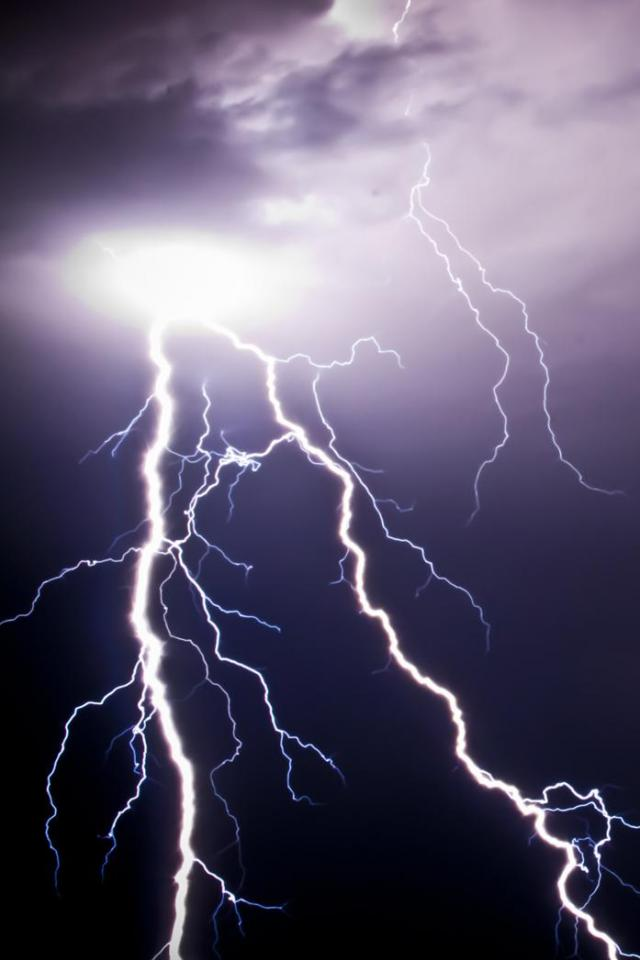 wallpaper iPhone Lightning
