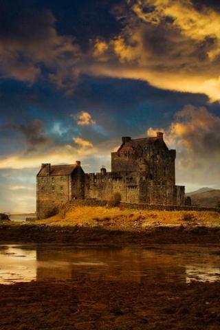 wallpaper iPhone Scottish Castle