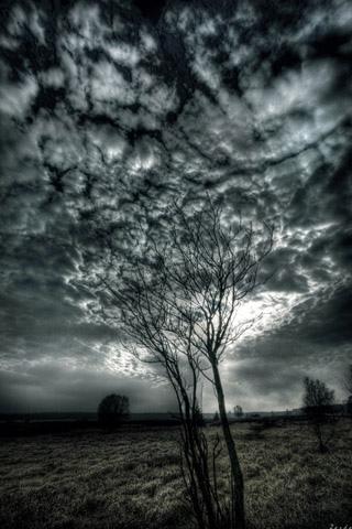 wallpaper iPhone Eerie Sky